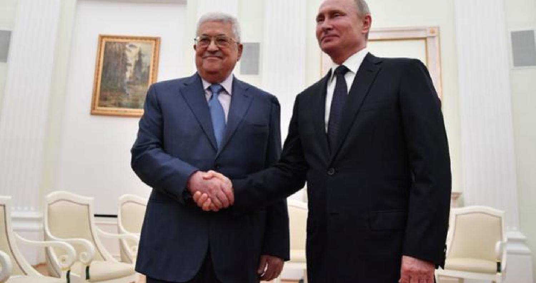 التقى الرئيس الروسي فلاديمير بوتين السبت في موسكو الرئيس الفلسطيني محمود عباس بعد ايام على استقباله رئيس الوزراء الاسرائيلي بنيامين نتانياهو.