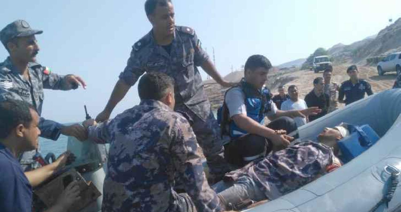البحرية الملكية تنقذ شخصا سقط من على منحدر في البحر الميت