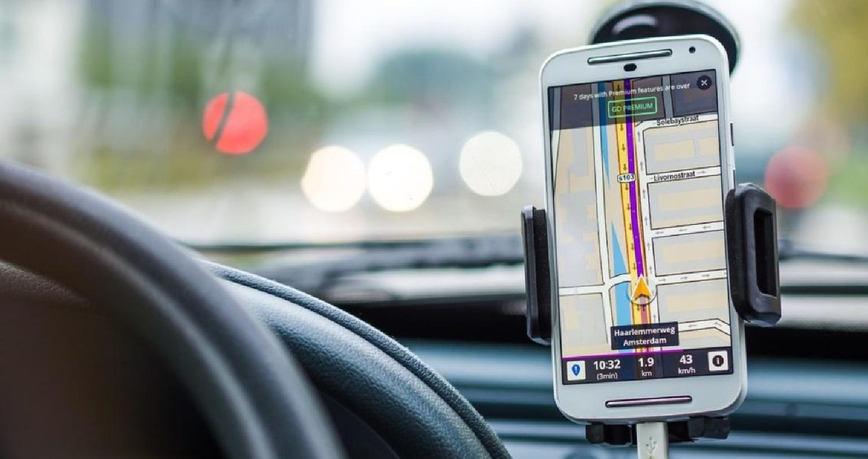 """يعتقد الكثيرون أن إيقاف تشغيل نظام تحديد المواقع GPS في هاتفهم الذكي سيمنع تتبع هذا النظام لهم، لكن باحثين من """"جامعة نورث إيسترن"""" في بوسطن وجدوا أن"""