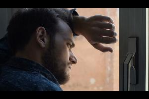 معدلات الإكتئاب في العالم العربي مرتفعة جداً وهي مقلقة وتهدد مجتمعات بأسرها. ولكن الغالبية لا تعلن عن مرضها، وبالتالي تكون المعاناة بصمت