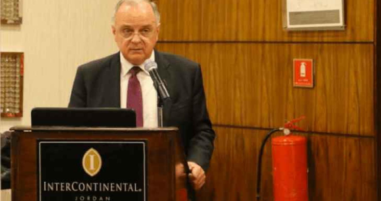 إلتقى وزير العمل سمير سعيد مراد يوم امس عدد من رجال الأعمال ومدراء الشركات الأردنيين العاملين في قطر.