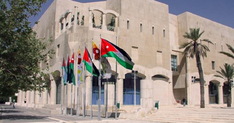 عدد حركات الخدمة الإلكترونيةالتي إستقبلتها أمانة عمان منذ بداية العام الجاري وحتى تاريخه مليون و100 ألفحركة