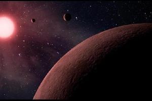"""مضى 49 عاماً على تسجيل أول هبوط بشري على سطح القمر، من قِبل رائد الفضاء الأمريكي """"نيل أرمستورنغ""""."""