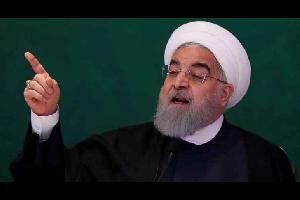 """حذر الرئيس الإراني حسن روحاني نظيره الأمريكي دونالد ترمب، الأحد، من مواصلة السياسات العدائية لطهران قائلا """"ينبغي أن تعلم أمريكا... الحرب مع إيران هي"""