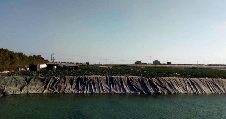 ضبطت كوادر شركة مياه الأردن (مياهنا) اعتداء كبيراً في منطقة أم رمانة / السامك جنوب عمان، على أحد الخطوط الناقلة الرئيسية لتزويد مزارع وبرك زراعية.
