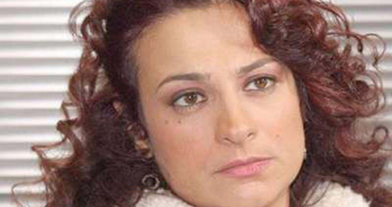 توفيت الفنانة السورية مي سكاف، الاثنين، في العاصمة الفرنسية باريس.